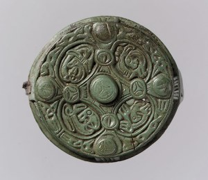 round box brooch swedish